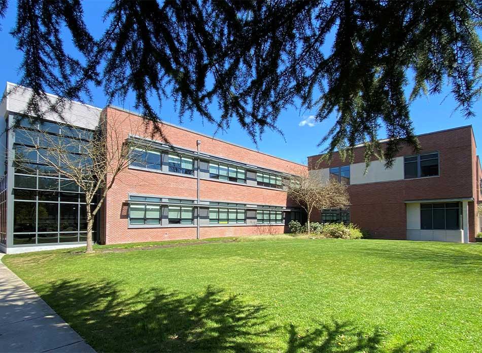 lcc college exterior 1 - architectural services firm longview wa designs schools