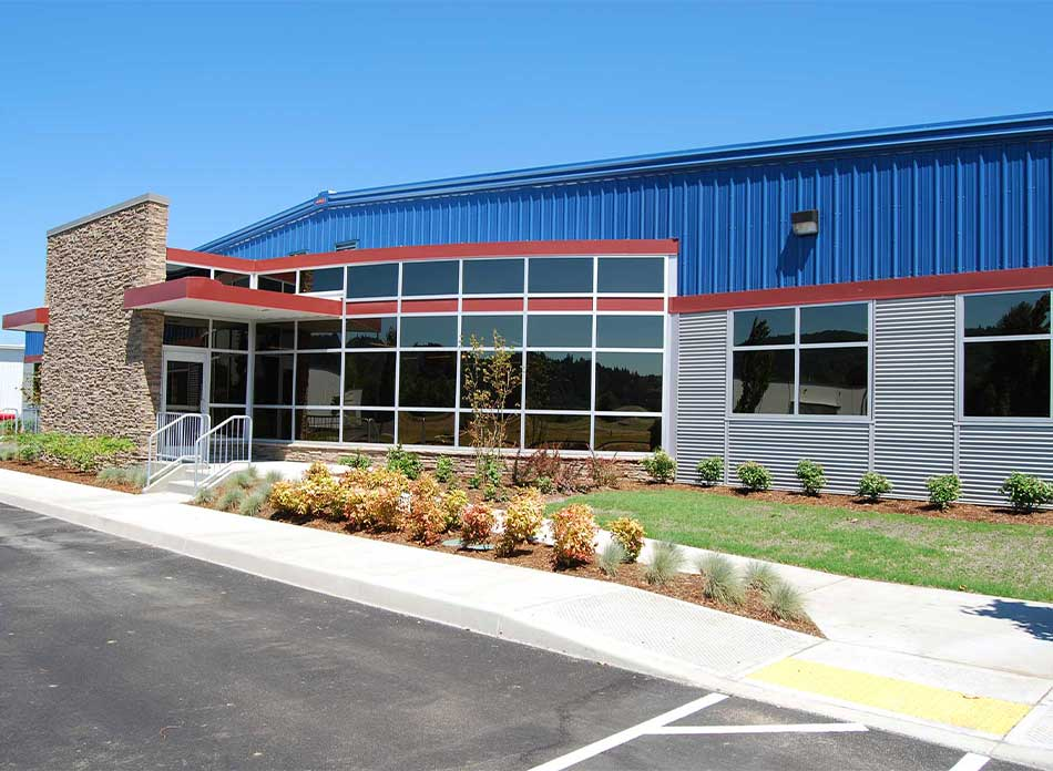 port of kalama bldg 7412 exterior - architectural services firm longview wa designs industrial